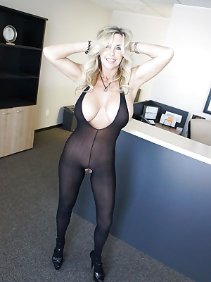 Adorable mature babe on high heels Wifey posing and showing her tits