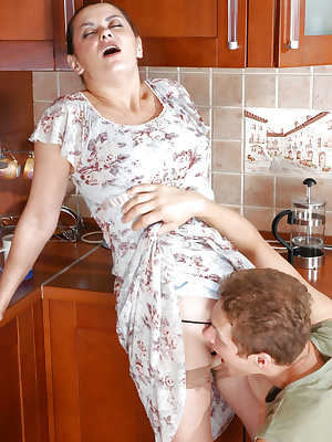 Naughty housewife in nylons
