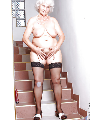 Nasty granny in panties