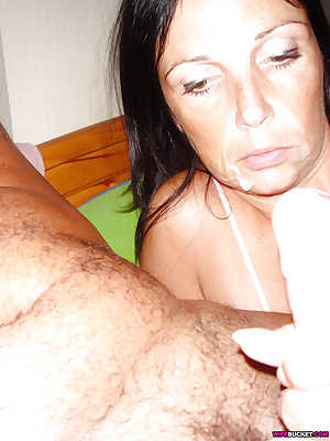 Older wife getting fucked outdoor