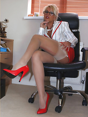Office MILF shows her nyloned legs