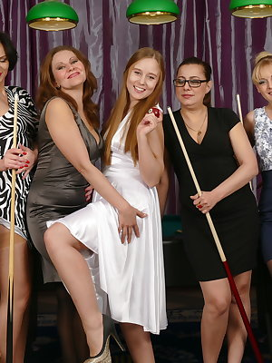 Seven old and young lesbians have one spectacular groupsex session