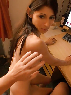 Sasha with strapon fucked pussy from old mom