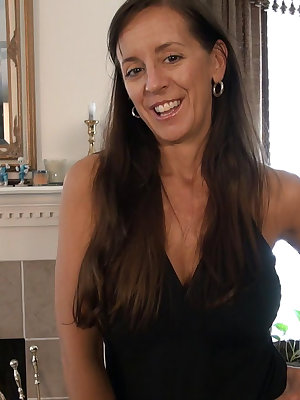 Older mature wife vibratory sex toys masturbation