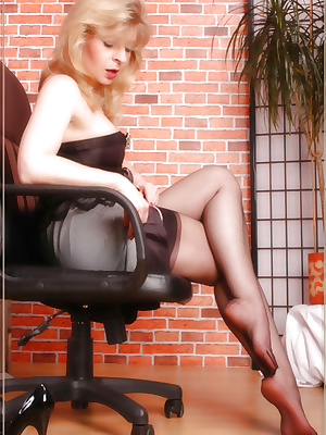 Black bareffet stockings
