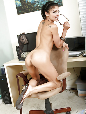 Tempting secretary gets naked