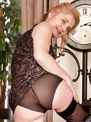 Mature in thigh high stockings