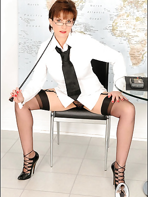 Lady Sonia: Terrific mature woman in sexy suit