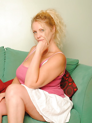 blonde mature with big boobs