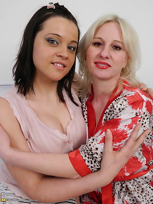 These old and young lesbians love to lick and tease